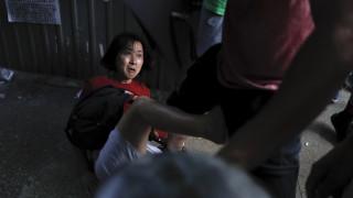 Χάος στο Χονγκ Κονγκ: Συγκρούσεις μεταξύ αντικυβερνητικών και υποστηρικτών του Πεκίνου