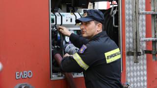 Σε εξέλιξη δύο μέτωπα πυρκαγιών σε Λουτράκι και Έβρο
