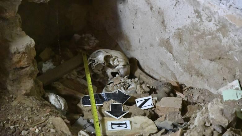 Κρανία και ανθρώπινα λείψανα: Μακάβρια ευρήματα στο σπίτι πρώην δικτάτορα στην Παραγουάη