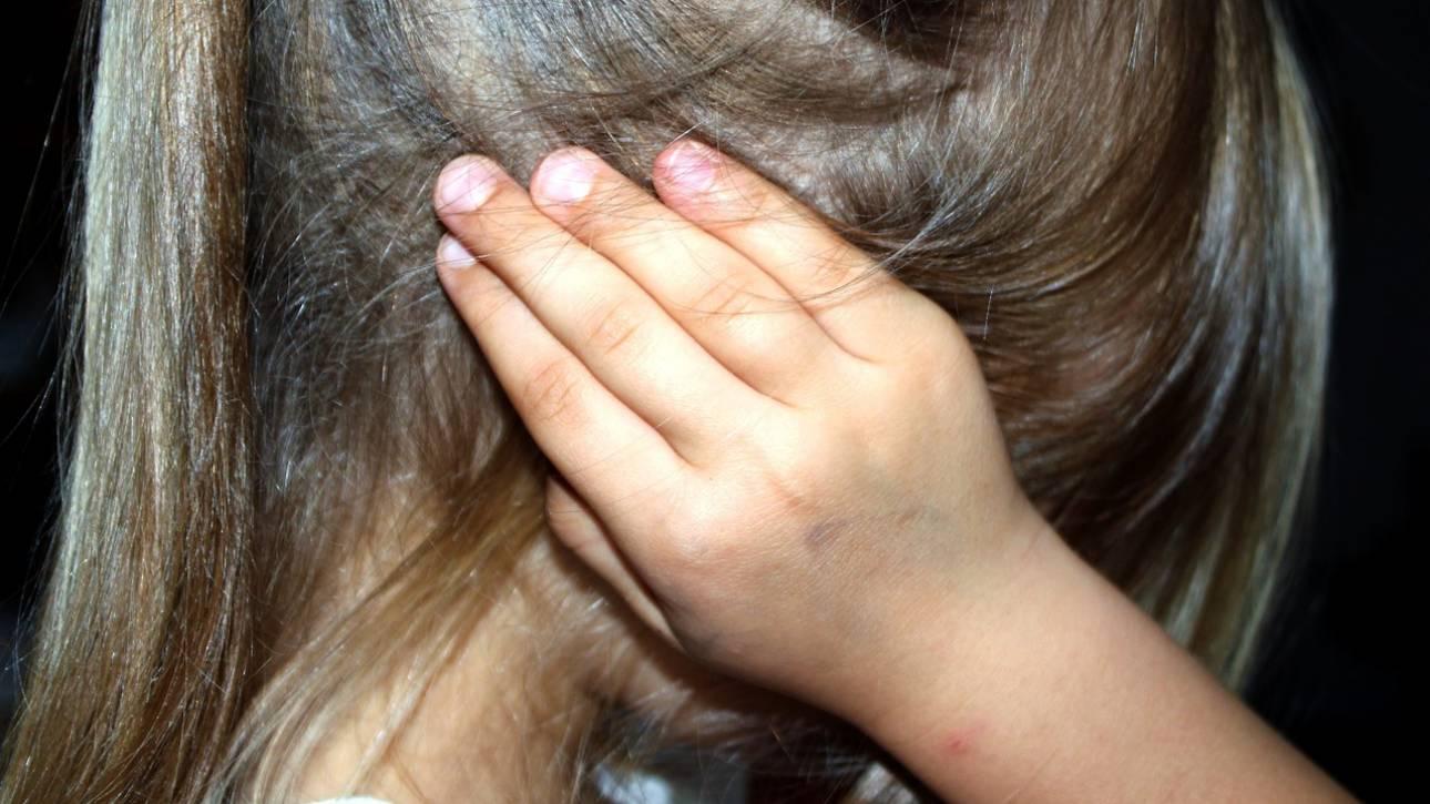 Τι είναι η «Γονεϊκή Αποξένωση» που βιώνουν εκατομμύρια οικογένειες