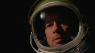 Μπραντ Πιτ: Η συνομιλία με αστροναύτη στον ISS - «Ποιος είναι καλύτερος, ο Κλούνεϊ ή εγώ;» (vid)