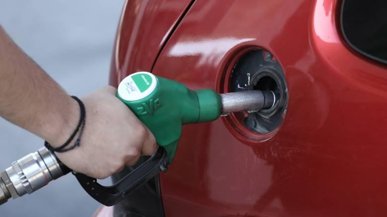 Η κρίση στον Κόλπο βάζει «φωτιά» σε βενζίνη & πετρέλαιο: Πόσο θα αυξηθούν οι τιμές στην Ελλάδα