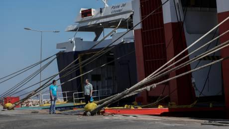 Απεργία ΠΝΟ: Δεμένα για 24 ώρες τα πλοία την Τρίτη