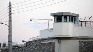 Έφοδος στον Κορυδαλλό: Ποιος είναι ο κακοποιός στο κελί του οποίου βρέθηκε κοκαΐνη