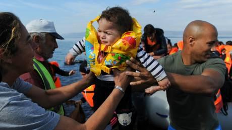 Ανησυχία για την αύξηση των προσφυγικών ροών στα νησιά