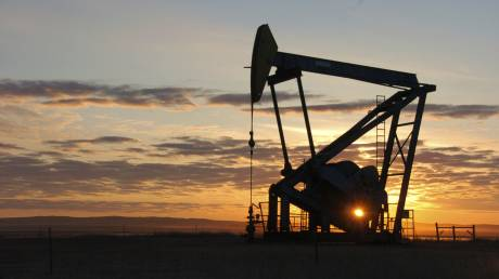 Υποχωρεί η τιμή του πετρελαίου - Η αγορά αποτιμά τις επιθέσεις στη Σαουδική Αραβία