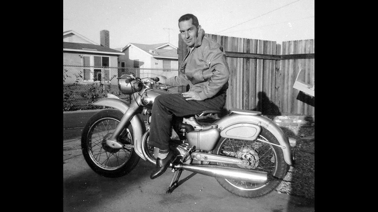 https://cdn.cnngreece.gr/media/news/2019/09/18/191031/photos/snapshot/BK_motorbike_HR.png