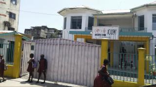 Τραγωδία σε σχολείο στη Λιβερία: Τουλάχιστον 27 παιδιά πέθαναν από πυρκαγιά