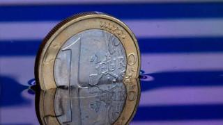 Bloomberg: Κρατικές εγγυήσεις 9 δισ. ευρώ για μείωση των «κόκκινων» δανείων