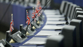Brexit: Δημοψήφισμα υπόσχεται ο Κόρμπιν - «Βάσιμους λόγους» παράτασης ζητά το Eυρωκοινοβούλιο