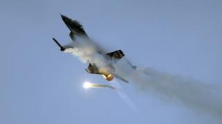 Συντριβή μαχητικού αεροσκάφους F-16 στη Γαλλία