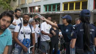 Καρέ-καρέ οι επιχειρήσεις εκκένωσης κτηρίων από την ΕΛΑΣ - Τι εντοπίστηκε