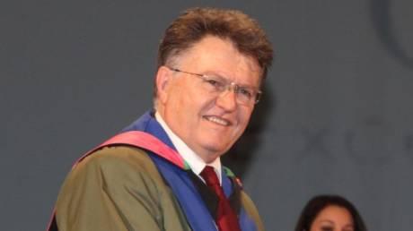 Σοφοκλής Ξυνής: Ο Καθηγητής που επί 62 χρόνια παραδίδει μαθήματα Παιδείας