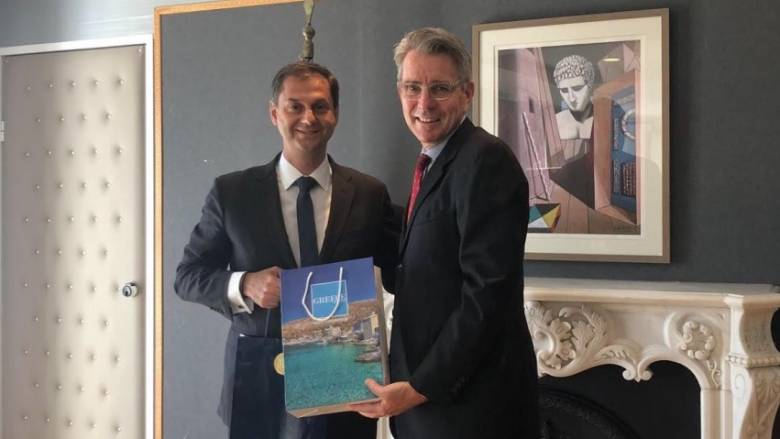 Συνάντηση Χ. Θεοχάρη με τον πρέσβη των ΗΠΑ στην Ελλαδα