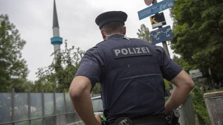 Αίσιο τέλος στην ομηρία του μωρού στη Γερμανία: Συνελήφθη ο άνδρας