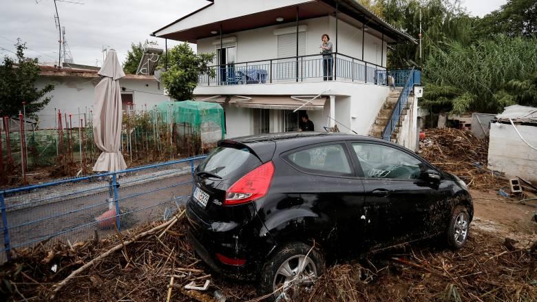 Εικόνες καταστροφής στη Θεσσαλονίκη: Λάσπη, ζημιές και προβλήματα μετά τη νεροποντή