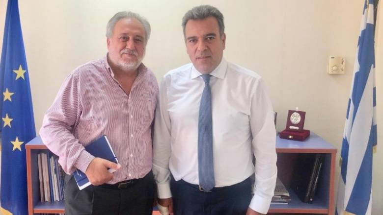 Συνάντηση Μ. Κόνσολα με τον Πρόεδρο της SkyExpress για την αεροπορική σύνδεση των μικρών νησιών