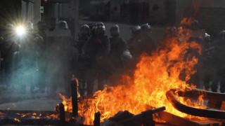 Χονγκ Κονγκ: Ένταση, δακρυγόνα και βόμβες μολότοφ σε αντικυβερνητική διαδήλωση