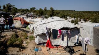 Προσφυγικό: Δραματικές ώρες στη Μόρια – Πολύ δύσκολη η κατάσταση στη Νέα Καβάλα