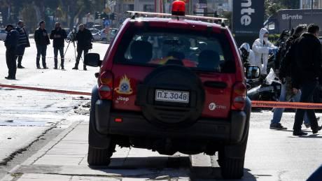 Νεκρό άτομο εντοπίστηκε μετά από φωτιά σε όχημα στο κέντρο της Αθήνας