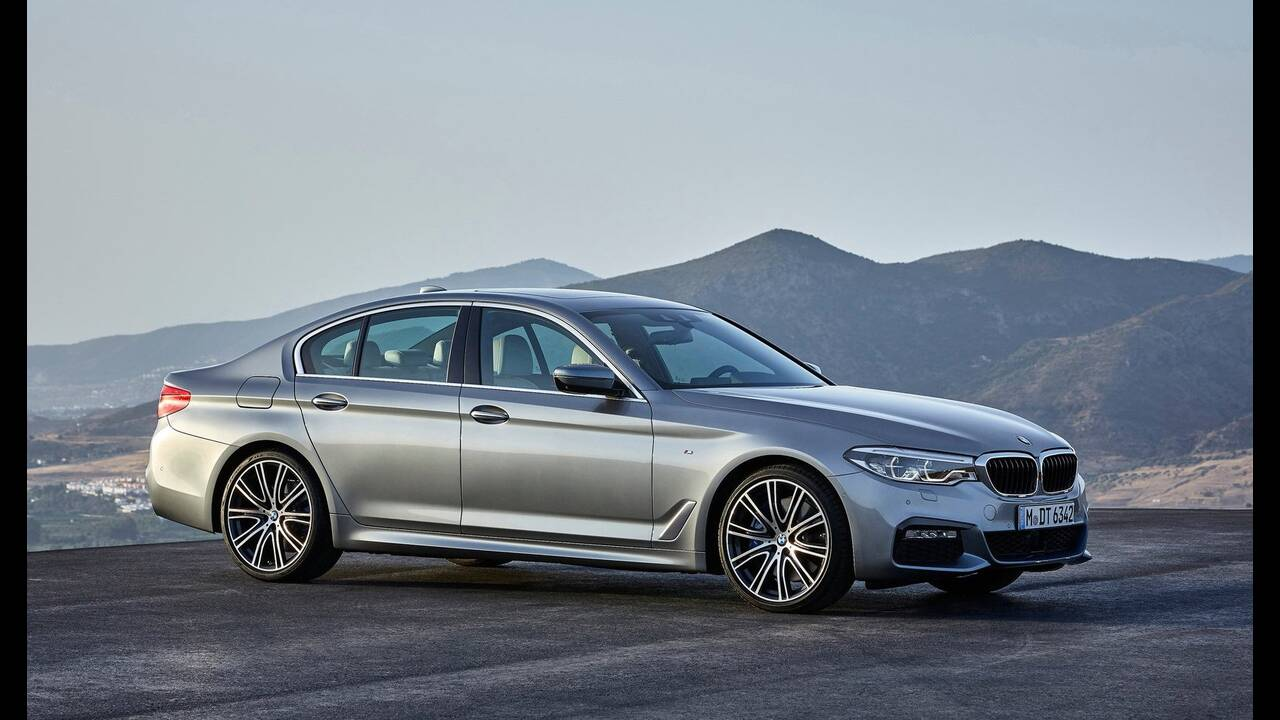 https://cdn.cnngreece.gr/media/news/2019/09/23/191538/photos/snapshot/BMW-5-MHEV-4.jpg