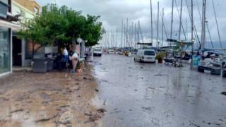 Πλημμύρες στην Κεφαλονιά: Η Αγία Ευφημία «πνίγεται» στη λάσπη