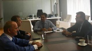 Συνάντηση Χ. Θεοχάρη με τον Περιφερειάρχη Κρήτης Σταύρο Αρναουτάκη