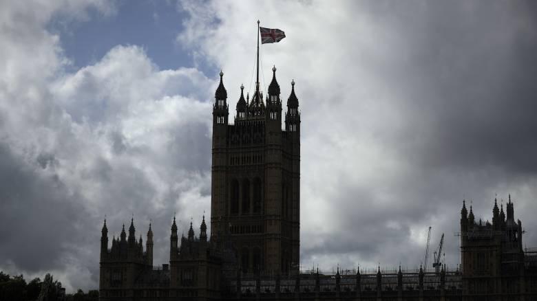 «Όχι» από τους Εργατικούς σε πρόωρες εκλογές μέχρι να ζητήσει ο Τζόνσον αναβολή για το Brexit