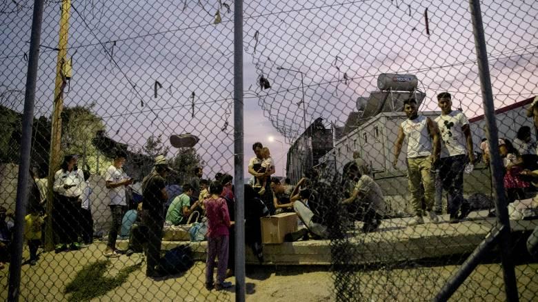 Το νέο σχέδιο για τα κέντρα φιλοξενίας – Τι προβλέπει ο νόμος για το άσυλο