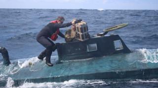 Κινηματογραφική καταδίωξη ναρκεμπόρων: Έπιασαν υποβρύχιο με κοκαΐνη αξίας 165 εκατ. δολ