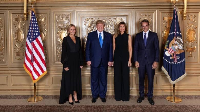 Το «κλικ» της ανεπίσημης συνάντησης Μητσοτάκη – Τραμπ