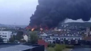 Γαλλία: Φόβοι για μόλυνση του Σικουάνα εξαιτίας της μεγάλης φωτιάς