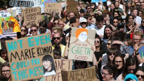 Νέα Ζηλανδία: Δεκάδες χιλιάδες μαθητές στους δρόμους για το κλίμα