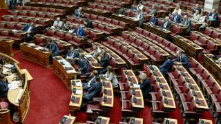 Άγριος καυγάς στη Βουλή για το Μετρό Θεσσαλονίκης