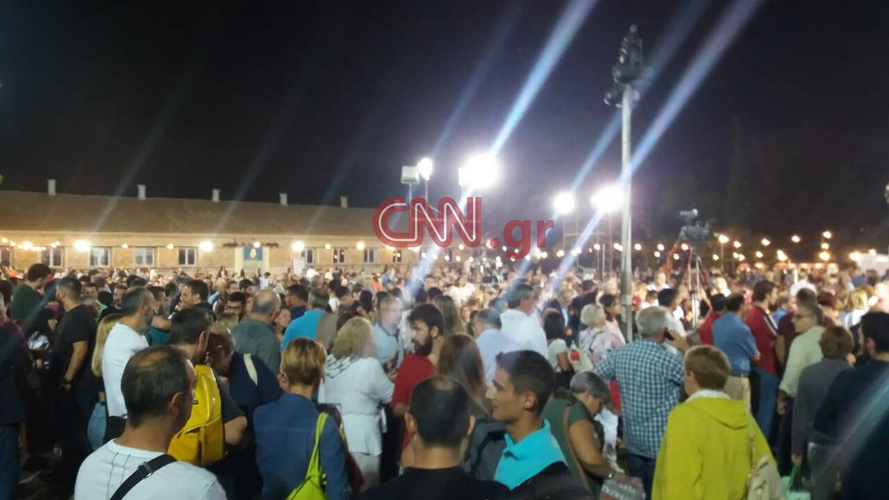 https://cdn.cnngreece.gr/media/news/2019/09/29/192239/photos/snapshot/71881552_443878572909402_1440530549314682880_n.jpg