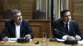 Μαλλιά κουβάρια στη Βουλή σε επιτροπή για τη ρύπανση στο Βόλο