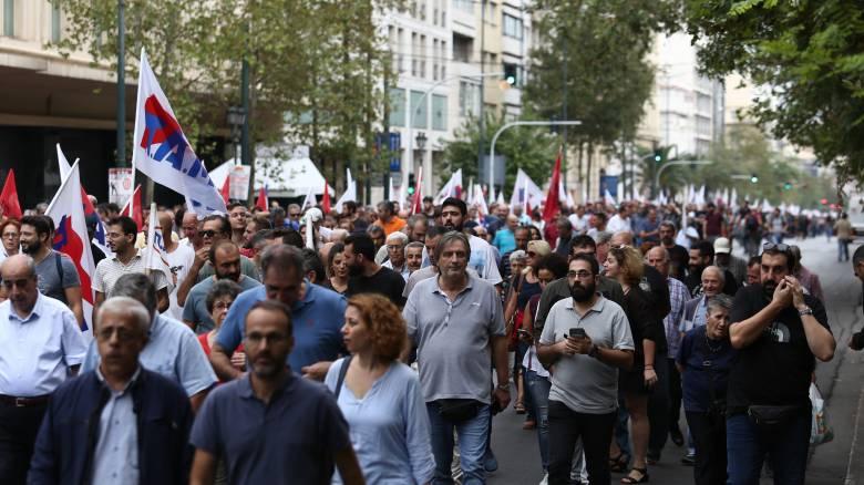 Απεργία: Σε απεργιακό κλοιό η χώρα αύριο - Πώς θα κινηθούν τα ΜΜΜ