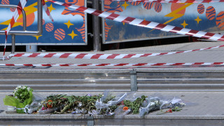 Τραγωδία λούνα παρκ: «Έφυγε άδικα το παιδί μου», λέει η μητέρα της 14χρονης