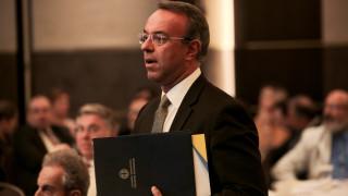 Γράφουν - σβήνουν στο ΥΠΟΙΚ, στις 7 Οκτωβρίου ο προϋπολογισμός στη Βουλή