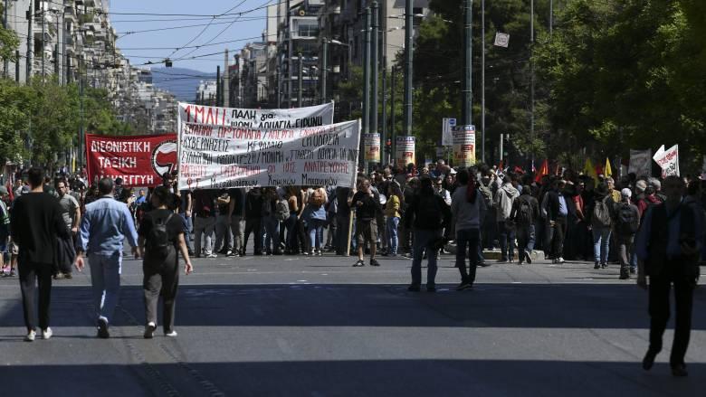 Απεργία: «Παραλύει» η χώρα - Πώς θα κινηθούν τα ΜΜΜ