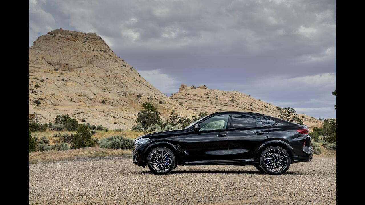 https://cdn.cnngreece.gr/media/news/2019/10/02/192569/photos/snapshot/BMW-X5--X6-M-30.jpg