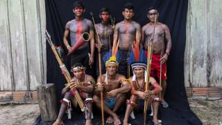 Τεμπέ: Η φυλή που προσπαθεί να σώσει τον Αμαζόνιο με τόξα, βέλη, κινητά και GPS