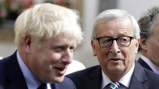 Brexit: «Προβληματικά σημεία» είδε ο Γιούνκερ στην πρόταση του Τζόνσον