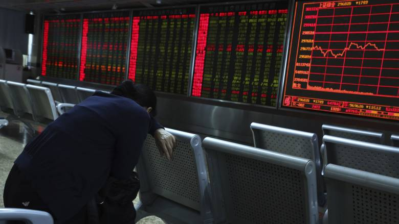 Τριγμοί στην παγκόσμια οικονομία: Επιστρέφει το… φάντασμα της ύφεσης