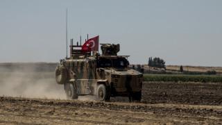 Τσαβούσογλου: Είμαστε έτοιμοι για στρατιωτική επιχείρηση στη Συρία