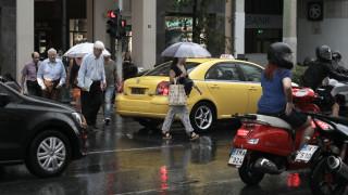 Καιρός: Βροχές, καταιγίδες και χαλάζι - Πού θα είναι έντονα τα φαινόμενα