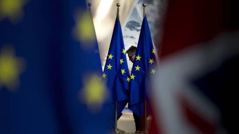 Έτοιμη να απαντήσει στις κυρώσεις των ΗΠΑ η ΕΕ