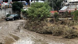 Η κακοκαιρία σαρώνει τη χώρα: Κατολισθήσεις, δρόμοι - «ποτάμια» και κλειστά σχολεία