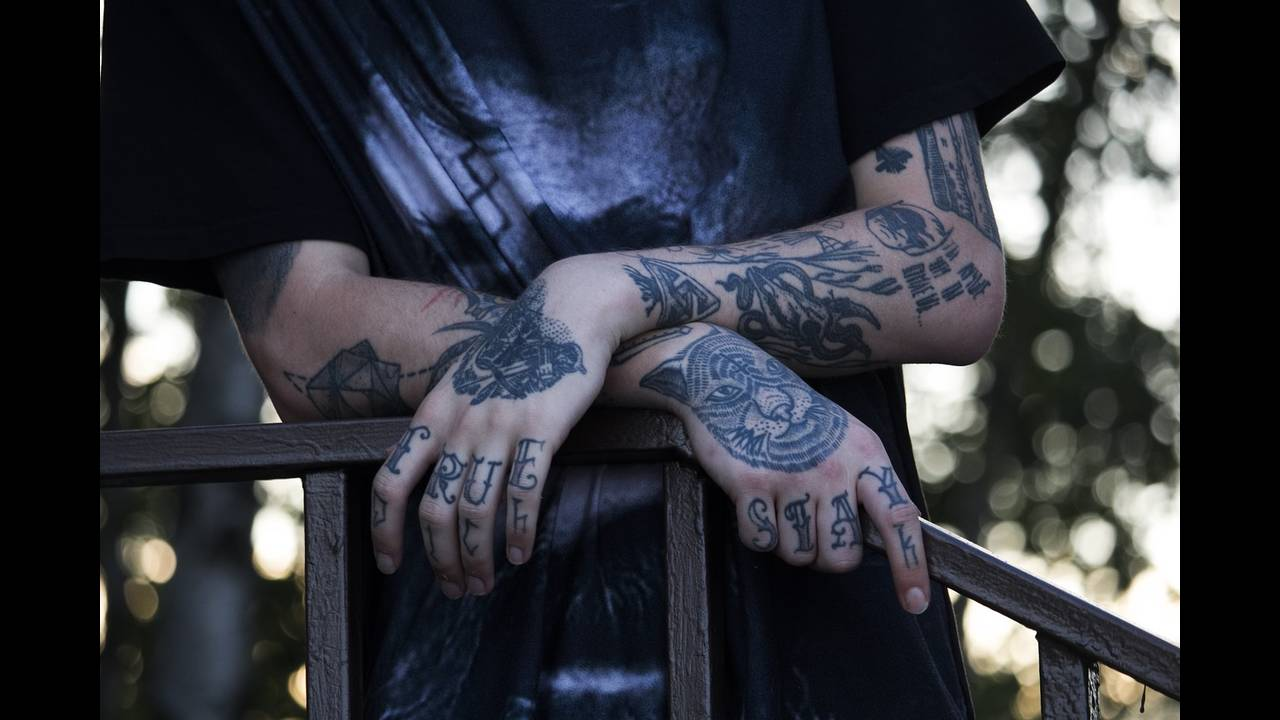 https://cdn.cnngreece.gr/media/news/2019/10/04/192790/photos/snapshot/tattoo-1893141_1280.jpg