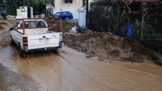 Πλημμύρες, λάσπη και καταστροφές: Προβλήματα από την κακοκαιρία σε όλη τη χώρα